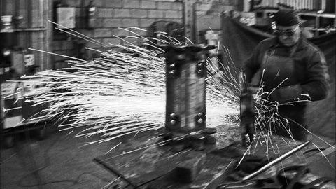 Taller industrial en el Poligono Industrial de Valnalon. Langreo. Asturias (1989)