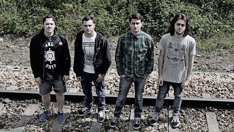 Malas noticias. De izquierda a derecha Oriol, Txuspa, Rubén y Saúl
