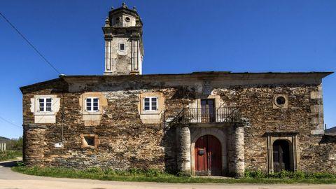 Los orígenes históricos del pazo de Edra se reomntan a finales de la Edad Media