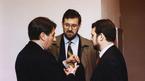 Francisco Vázquez, Rajoy y Abel Caballero, en la asamblea de la FEMP en 1993