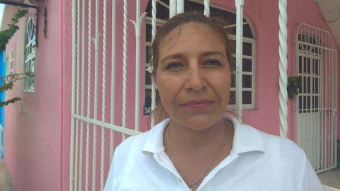 «Cuando los policías tengan mejores salarios, van a hacer un trabajo mejor», apunta Lucely Ochoa