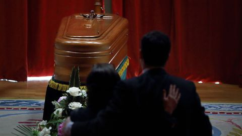 Los restos mortales de Meilán Gil fueron honrados en el Paraninfo de la Universidade da Coruña