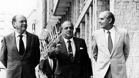 Fraga, Fernández Albor y Romay Beccaria paseando por A Coruña