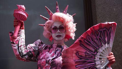 Una drag queen protesta contra la visita de Donald Trump al Reino Unido
