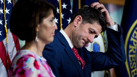 Paul Ryan, líder republicano en el Congreso, tuvo que defender a la CIA ante el desplante de Trump