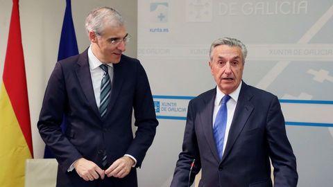 El conselleiro de Economía, Francisco Conde, y el presidente de la CNMC, José María Marín