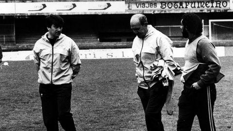 Durante su etapa de entrenador, en la que asumió el banquillo del primer equipo en seis ocasiones