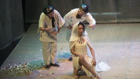 «A cabeza do dragón», de Producións Teatrais Excéntricas, con Quico Cadaval