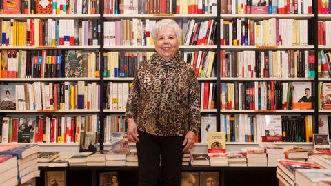 Conchita Quirós, en su librería Cervantes de Oviedo, desde donde impulsó numerosas iniciativas culturales. La librera falleció el pasado 24 de febrero