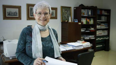CARMEN F. MORANTE. PROFESORA. «Necesitamos apoyo para la investigación en ciencias sociales y que haya más relación con la práctica». La decana de Educación espera acuerdos para la formación de los profesores gallegos