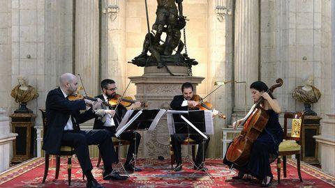 O Cuarteto Quiroga está formado por Aitor Hevia, Cibrán Sierra, Josep Puchades e Helena Poggio (de esquerda a dereita)