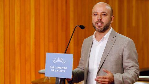 Luís Villares, portavoz de En Marea, durante su valoración del discurso de Feijoo.