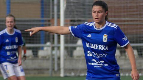 María Méndez con el Real Oviedo