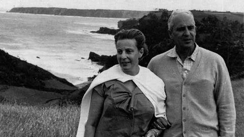 Severo Ochoa y su mujer Carmen en Luarca