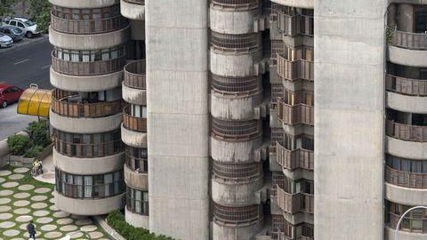 En la imagen,  una de las fotografías de Torres Blancas que Amado tomó para la exposición sobre el arquitecto FRancisco Javier Sáenz de Oíza