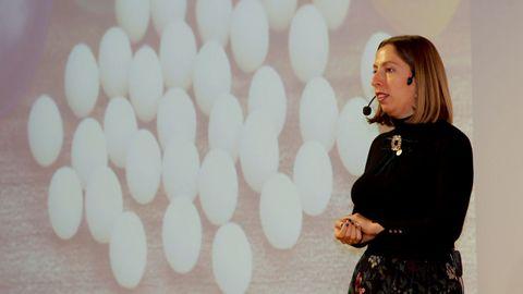 Entre los parlamentos que pudieron escuchar los estudiantes estaba el de la divulgadora científica Deborah García Bello