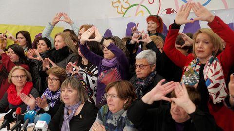 Más de 60 organizaciones feministas presentaron hoy un manifiesto de repulsa hacia Vox