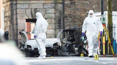 La policía recibió una aviso diez minutos antes de que explotase el coche bomba en Derry