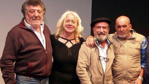 Por la izquierda, Bernabé Aguirre, Esther Canteli, Juanjo Arrojo y Juanito Oiarzabal