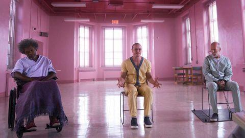 Detalle de una escena del filme «Glass»