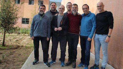 Sànchez, Junqueras, Turull, Forn, Cuixart, Rull y Romeva en la cárcel, en una imagen de archivo