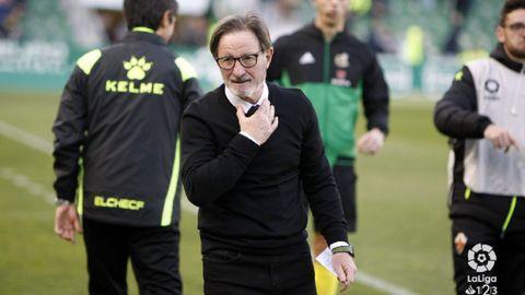 Juan Antonio Anquela en el Martínez Valero