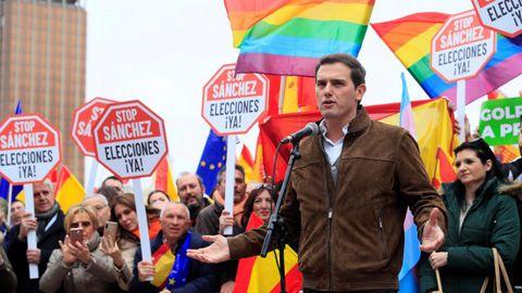 El líder de Ciudadanos, Albert Rivera, convocante de la concentración junto con el PP