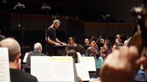 Dima Slobodeniouk dirige a la Orquesta Sinfónica de Galicia en la nueva grabación de Stravinski