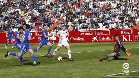 Champagne Manaj Albacete Real Oviedo Carlos Belmonte.Champagne salva el gol de Manaj