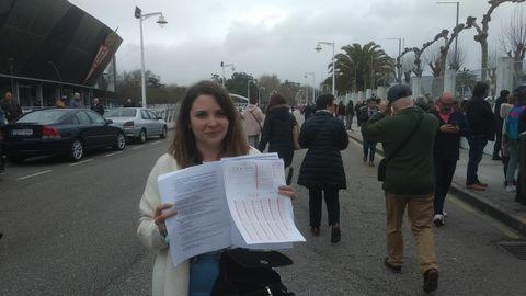 Carla Fernández, de Mieres, opositora a celador