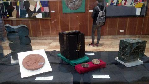 Premios recibidos por Severo Ochoa y algunos objetos relacionados con su vida