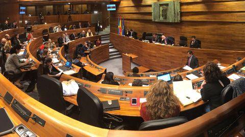 El último pleno de la legislatura en la Junta General