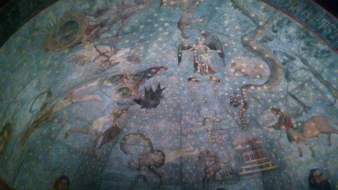 Fragmento que sobreviviu da bóveda celeste que pintou Fernando Gallego na biblioteca da Universidade de Salamanca