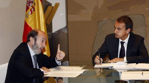 Comparencencia con Zapatero en el 2008 tras la detención del miembro de ETA Txeroki