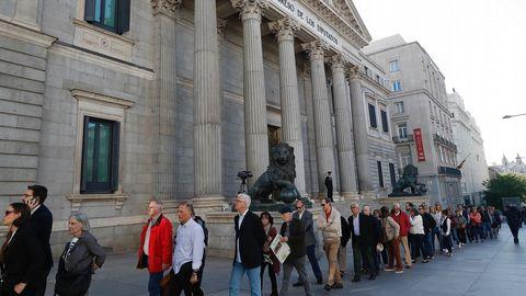 Colas para entrar en el Congreso durante las exequias de Alfredo Pérez Rubalcaba