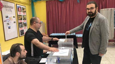 ELECCIONES 26M EN MARÍN: VOTACIÓN DEL CANDIDATO DE MAREA MARÍN, AARÓN FRANCO