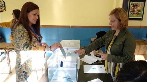 ELECCIONES 26M EN MARÍN: VOTACIÓN DE LA CANDIDATA DEL BNG, LUCÍA SANTOS