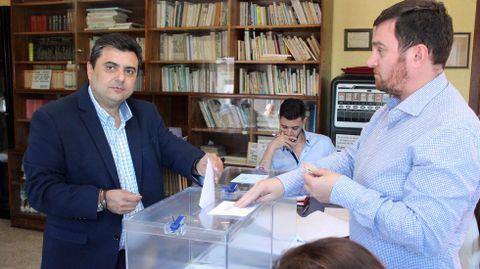 ELECCIONES 26M EN PONTE CALDELAS: VOTACIÓN DEL CANDIDATO A LA ALCALDÍA POR EL PP, ANTÓN XIL