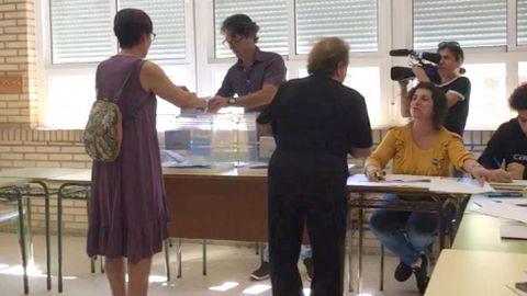 ELECCIONES 26M EN SANXENXO: VOTACIÓN DE LA CANDIDATA A LA ALCALDÍA POR PODEMOS-ANOVA, MARÍA JOSÉ ROSALES