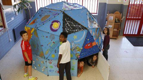 Planetario realizado por los alumnos de primero del centro público Ben-Cho-Shey (O Pereiro de Aguiar)