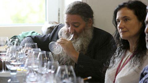Fevino, cata 8 vinos de 100 Puntos Parker, con Luis Gutiérrez Raúl Pérez y Ana Gadín, de Atrium Vitis