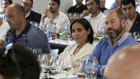 8 vinos de 100 Puntos Parker, con Luis Gutiérrez Dominique Roujou y Laura Montero