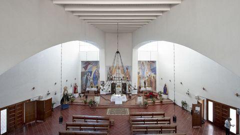 En algunos de los pobados se levantaron iglesias con diseños muy modernos para la época, como esta de Algallarín (Córdoba), proyectado por el arquitecto Carlos Arniches