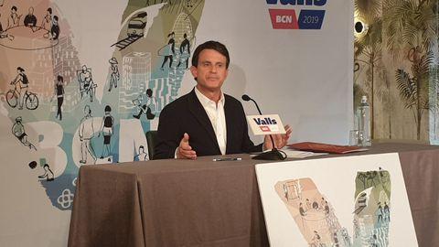 Valls anunció su apoyo a Colau para frenar al independentismo