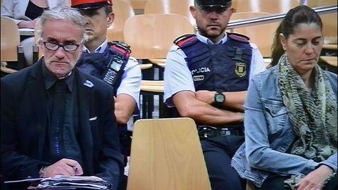 Los padres de Nadia, durante el juicio en el que fueron condenados por estafa agravada en un caso similar sobre el que ahora dicta el Supremo