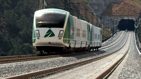 Uno de los trenes de pruebas del ADIF