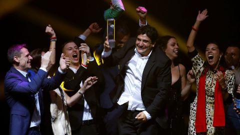 El chef argentino Muro Colagreco celebra en Singapor que su restaurante, Mirazur, ha sido galardonado como el mejor del mundo