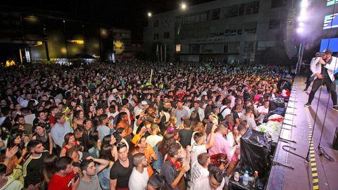 LUNES DE LAS FIESTAS DE BOIRO CON LA ORQUESTA EL COMBO DOMINICANO EN LA PLAZA DE GALICIA