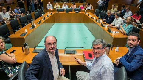 Lambán pedía hace unos días madurez a Podemos para desbloquear la investidura