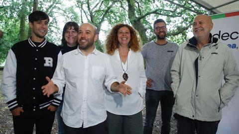 El portavoz de En Marea, Luís Villares, y la viceportavoz, Ana Seijas, durante el acto de En Marea, centrado en el ecologismo y en el feminismo.